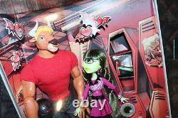2014 SDCC Exclusive Monster High Manny Taur & Iris Clops 2-pack Mattel. New