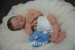 Full Body Soft Solid Silicone Baby doll 21 boy REBORN SILICONA fluids