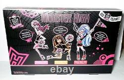 Monster High Fearleading 3 Pack Draculaura Ghoulia Cleo Dolls Mattel NEW