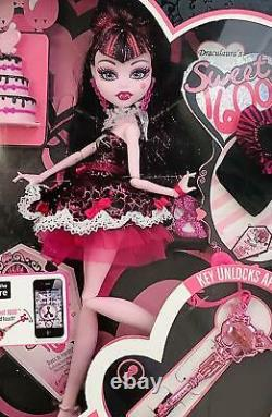 Monster High Sweet 1600 Draculaura Doll, WithAccessories, New, 2011