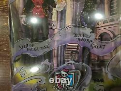 2015 Sdcc Monster High Kieran Valentine & Djinni Whisp Grant 2 Pack. Nouveau