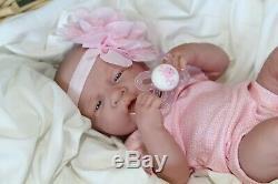 Aww! Ce Bébé Girl! Berenguer Life Like Réincarné Prématuré Pacifier Doll + Extras