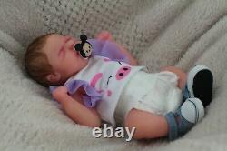 Full Body Miniature Silicone Baby Girl Boisson Et Humide