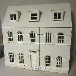 La Abbey House 12 Échelle De Maison De Poupées Kit Par Dhd