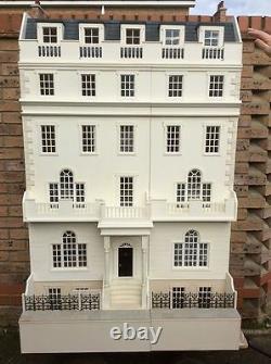 Maison De Poupées 12e Échelle La Maison De Ville Strand Regency En Kit Dhd 15-031