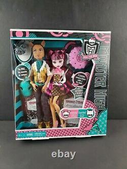 Monster High 2010 Forbitten Love Clawd Wolf & Draculaura Doll Set Rare Retired