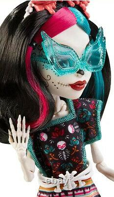 Monster High Monster Scaritage Skelita Calaveras Doll And Fashion Set New Htf
