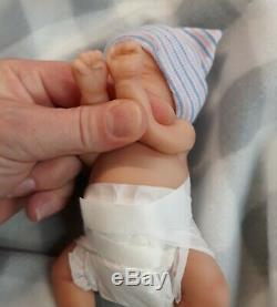 Nouveau 7 Micro Prématuré Full Body Silicone Baby Girl Doll Madison