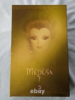 Nrfb 2008 Barbie Collector Or Etiquette Medusa Pas Plus De 6500 Fabriqué M9961 Rare