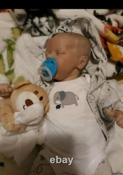 Reborn Baby 16 In Beautiful Suce Pouce Prend Sucette