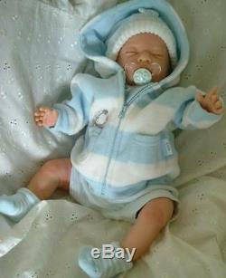 Reborn Vie Nouveau-né Comme Bébé Enfants Bienvenus Maintenant Un Jeu Doll Ce Label